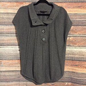 BCBGMaxAzria gray turtleneck pullover sweater